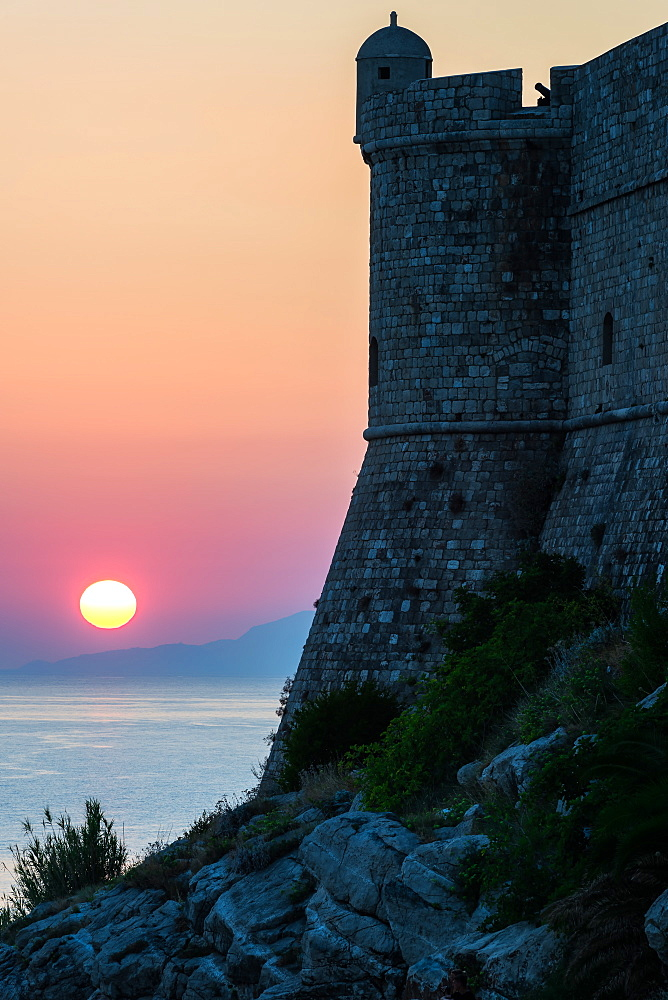 Sunset at the Walls of Old Town, Dubrovnik, UNESCO World Heritage Site, Croatia, Europe