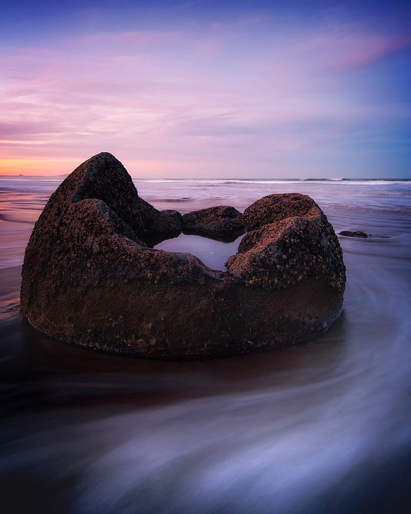 Moeraki Boulders at sunset, Otago, South Island, New Zealand, Pacific - 1216-332