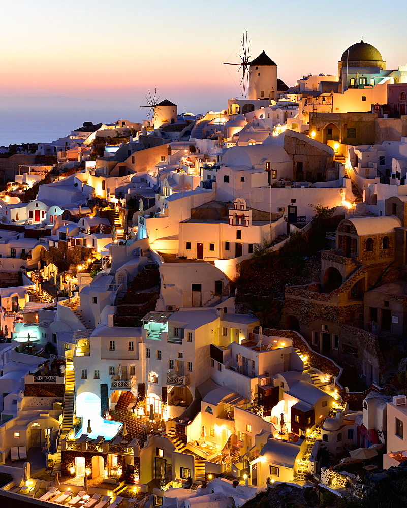 Oia at sunset, Santorini, Cyclades, Aegean Islands, Greek Islands, Greece, Europe