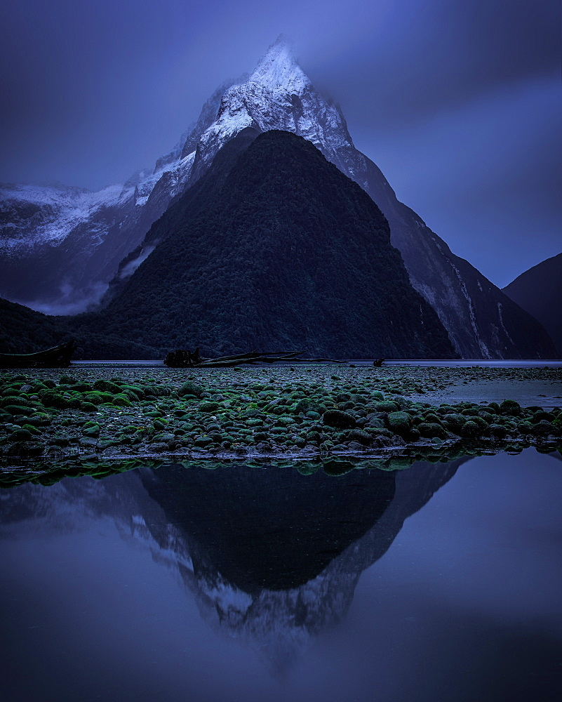 Mitre Peak, Milford Sound, Fiordland National Park, UNESCO World Heritage Site, South Island, New Zealand, Pacific - 1216-557