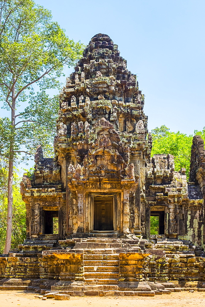 Thommanon temple ruins, Angkor Archaeological Park, UNESCO World Heritage Site, Siem Reap Province, Cambodia, Indochina, Southeast Asia, Asia
