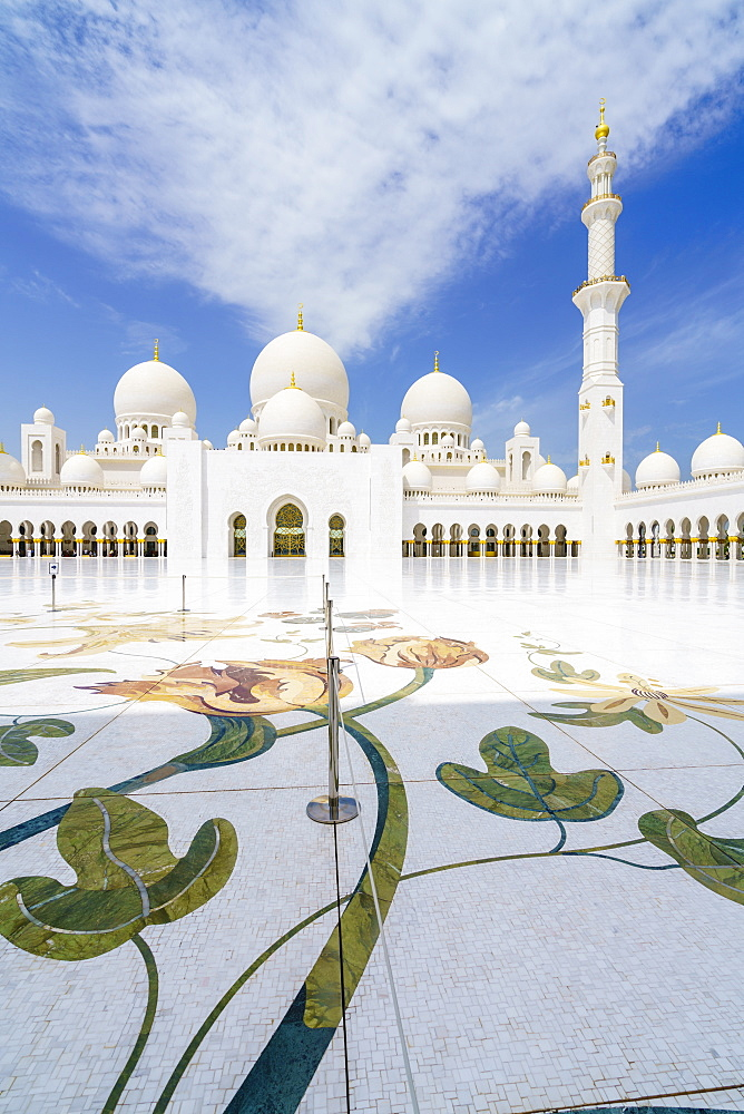 Sheikh Zayed Mosque, Abu Dhabi, United Arab Emirates, Middle East