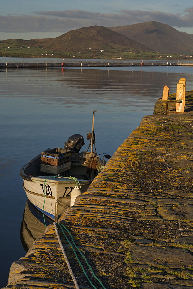 Knightstown Harbour, County Kerry, Munster, Republic of Ireland, Europe - 1240-251