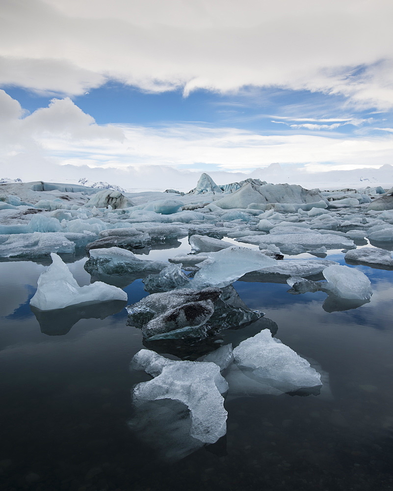 Icebergs floating in Jokulsarlon Glacier Lagoon, Iceland, Polar Regions - 1241-59