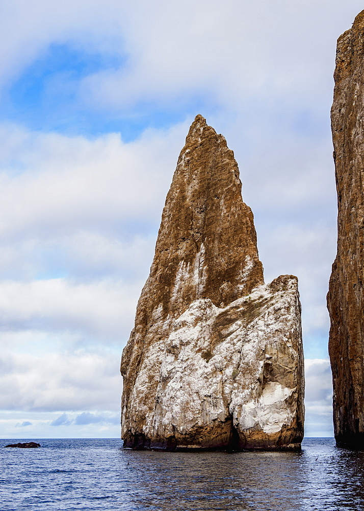 Leon Dormido (Kicker Rock), San Cristobal (Chatham) Island, Galapagos, UNESCO World Heritage Site, Ecuador, South America