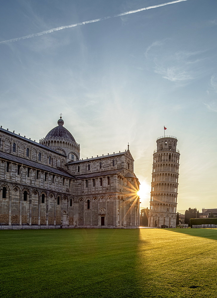 Cathedral and Leaning Tower at sunrise, Piazza dei Miracoli, UNESCO World Heritage Site, Pisa, Tuscany, Italy, Europe