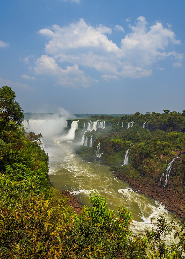 View of the Devil's Throat, part of the Iguazu Falls, UNESCO World Heritage Site, Foz do Iguacu, State of Parana, Brazil, South America