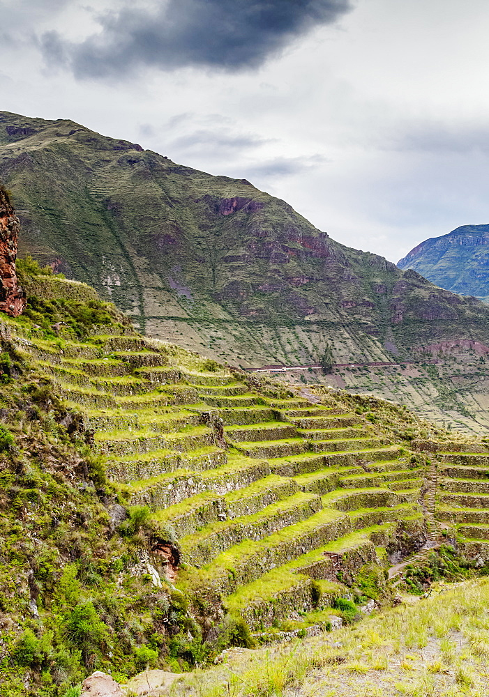 Inca Terraces, Pisac, Sacred Valley, Cusco Region, Peru, South America