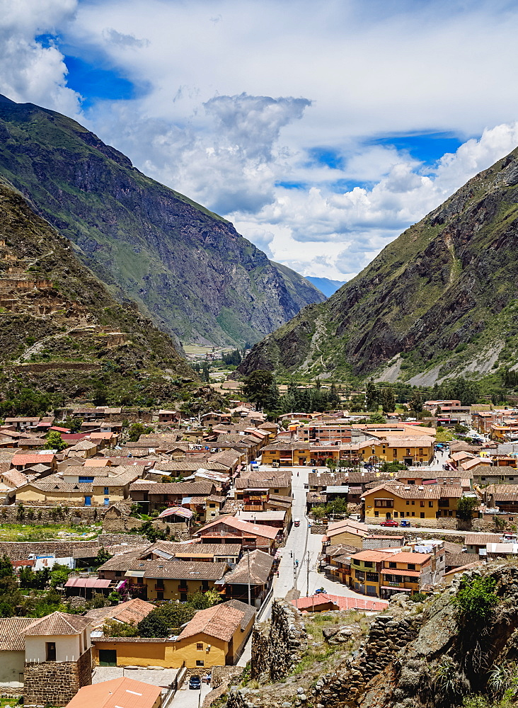 Ollantaytambo, elevated view, Sacred Valley, Cusco Region, Peru, South America