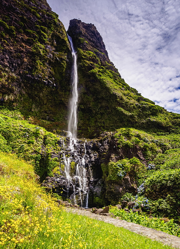Poco do Bacalhau Waterfall, Faja Grande, Flores Island, Azores, Portugal, Atlantic, Europe