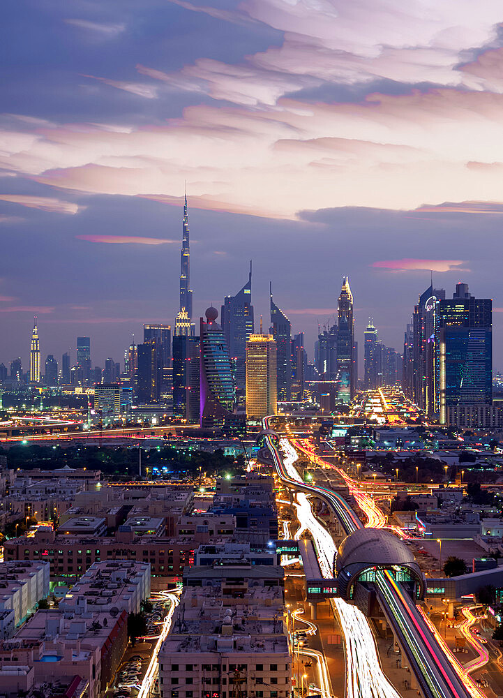 Financial Centre and Downtown at dusk, elevated view, Dubai, United Arab Emirates - 1245-962