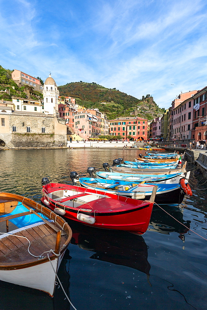 Colourful fishing boats in Vernazza harbour, Cinque Terre, UNESCO World Heritage Site, Liguria, Italy, Europe - 1263-102