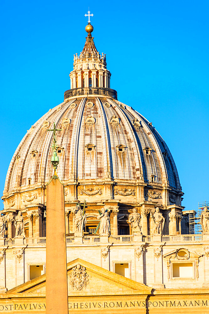 St. Peter's Basilica Cupola in early morning light, Vatican City, UNESCO World Heritage Site, Rome, Lazio, Italy, Europe