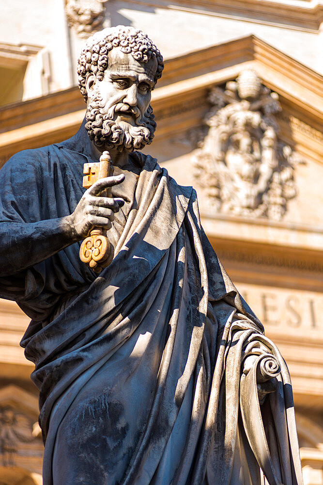 Statue of St Peter in front of St Peter's Basilica, Vatican City, Rome, Italy.