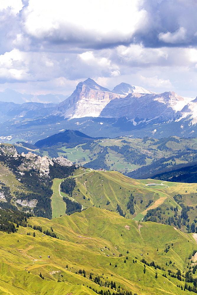Mount Sasso di Santa Croce (La Crusc) from Viel del Pan path, Pordoi Pass, Fassa Valley, Trentino, Dolomites, Italy, Europe