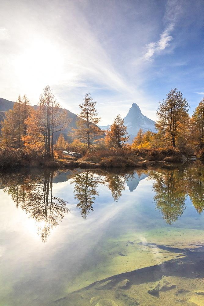 Autumn at Grindjisee Lake with Matterhorn in the background. Zermatt, Mattertal, Canton of Valais, Switzerland, Europe