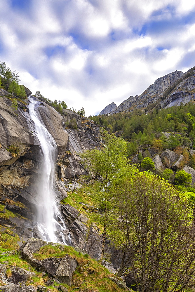 Waterfall of Ferro Valley, Val di Mello, Valmalenco, Valtellina, Lombardy, Italy, Europe - 1269-451