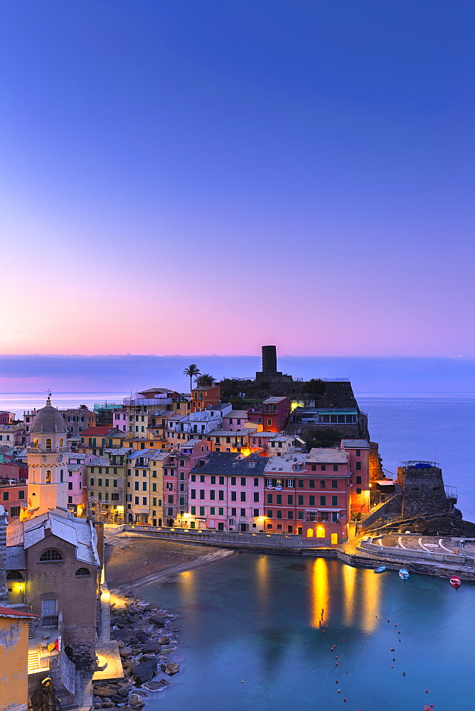Sunrise in Vernazza, Cinque Terre, UNESCO World Heritage Site, Liguria, Italy, Europe