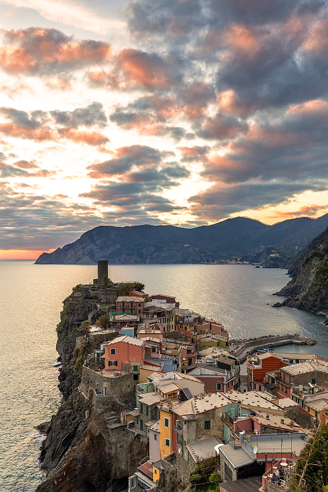 Elevated view of Vernazza at sunset, Cinque Terre, UNESCO World Heritage Site, Liguria, Italy, Europe - 1269-522