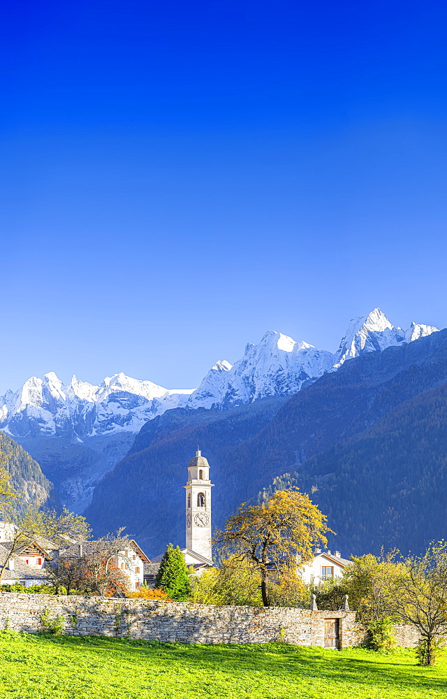 Traditional village of Soglio during autumn, Soglio, Bregaglia valley, Graubunden, Switzerland, Europe - 1269-623