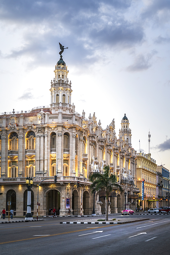 The Gran Teatro de La Habana at dusk, UNESCO World Heritage Site, Havana, Cuba, West Indies, Caribbean, Central America