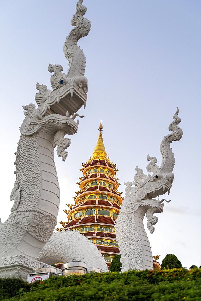 Wat Huay Pla Kang temple (Big Buddha) at dusk, Chiang Rai, Thailand, Southeast Asia, Asia