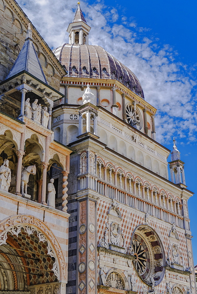 Capella Colleoni, Chapel of Basilica di Santa Maria Maggiore in Piazza Duomo at Citta Alta (Old Town), Bergamo, Lombardy, Italy, Europe - 1278-152