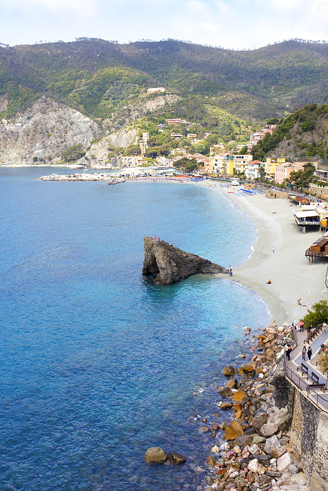 View of the beach at Monterosso, Cinque Terre, UNESCO World Heritage Site, Liguria, Italy, Europe - 1284-143