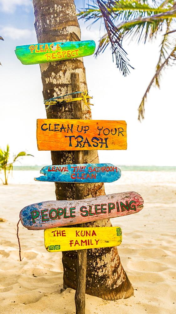 Wooden signs on Banderas Island in the San Blas Islands, Kuna Yala, Panama, Central America