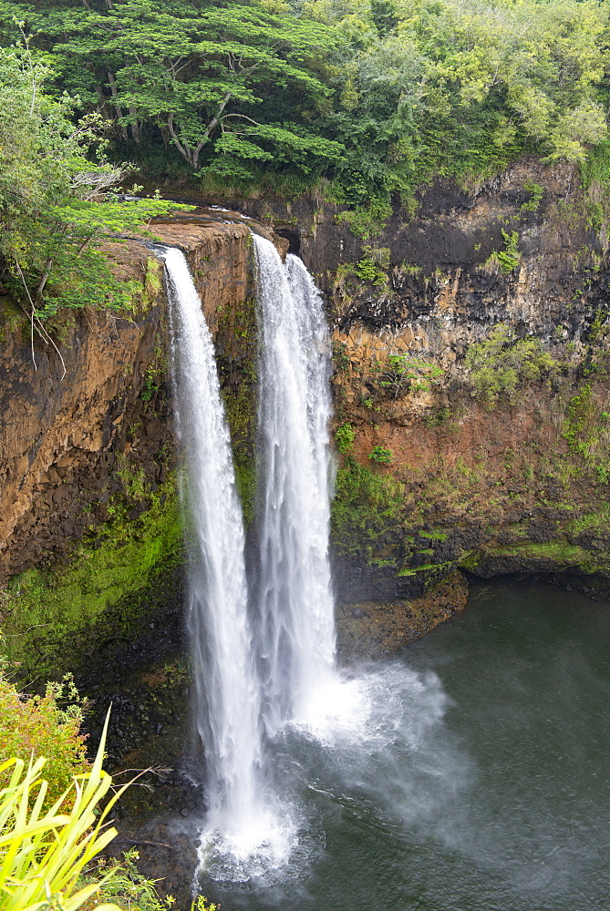 Wailua Falls on Kauai, Hawaii, USA, in the spring.