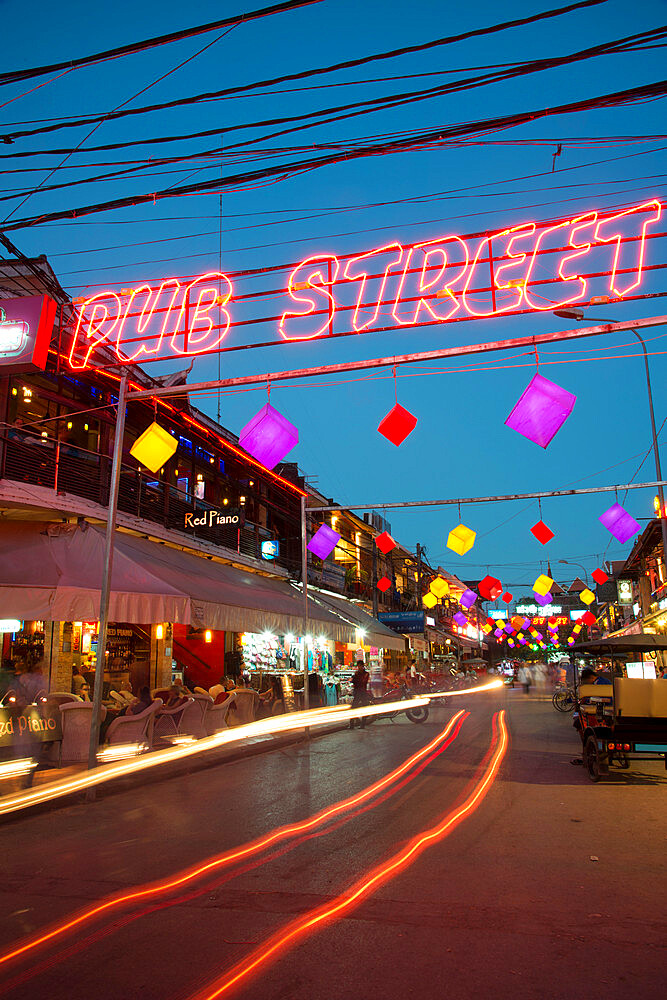 Electric sign over Siem Reap's Pub Street, nightlife hotspot, Cambodia, Indochina, Southeast Asia, Asia - 1315-327