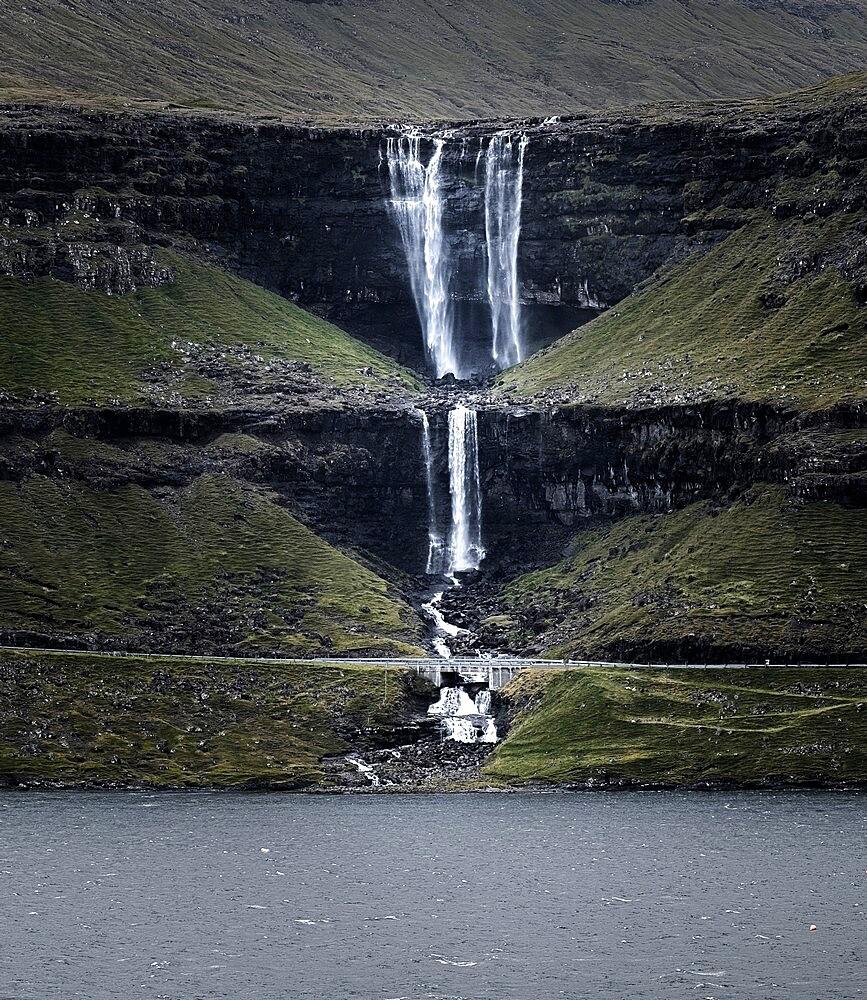 Fossà is the tallest waterfalls of the Faroe Islands - 1336-116