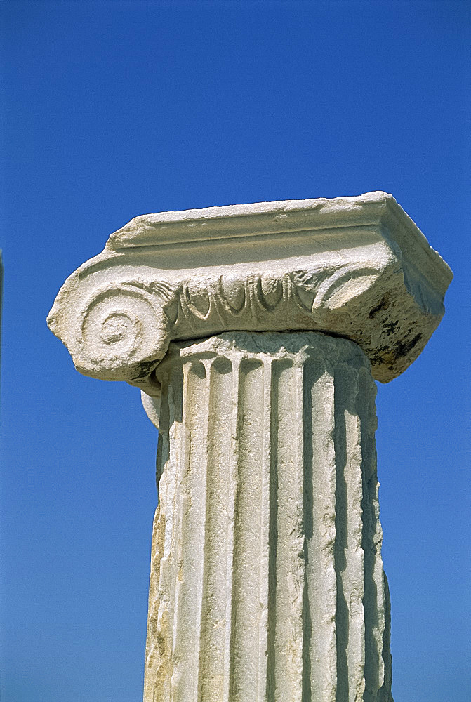 Close-up of an Ionic column capital, Delos, Cyclades Islands, Greek Islands, Greece, Europe