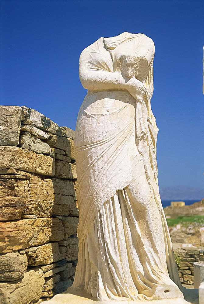 Headless statue of Cleopatra, Delos, UNESCO World Heritage Site, Cyclades Islands, Greek Islands, Greece, Europe