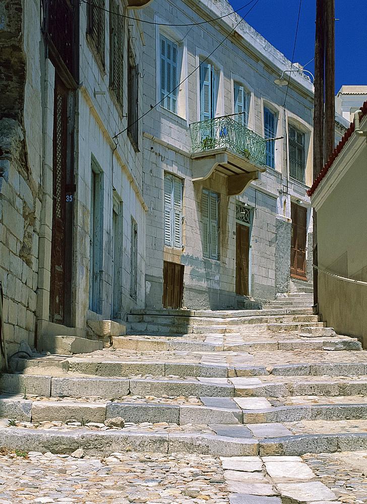 Street steps and houses, Ermoupoli, Syros (Siros), Cyclades, Greek Islands, Greece, Europe