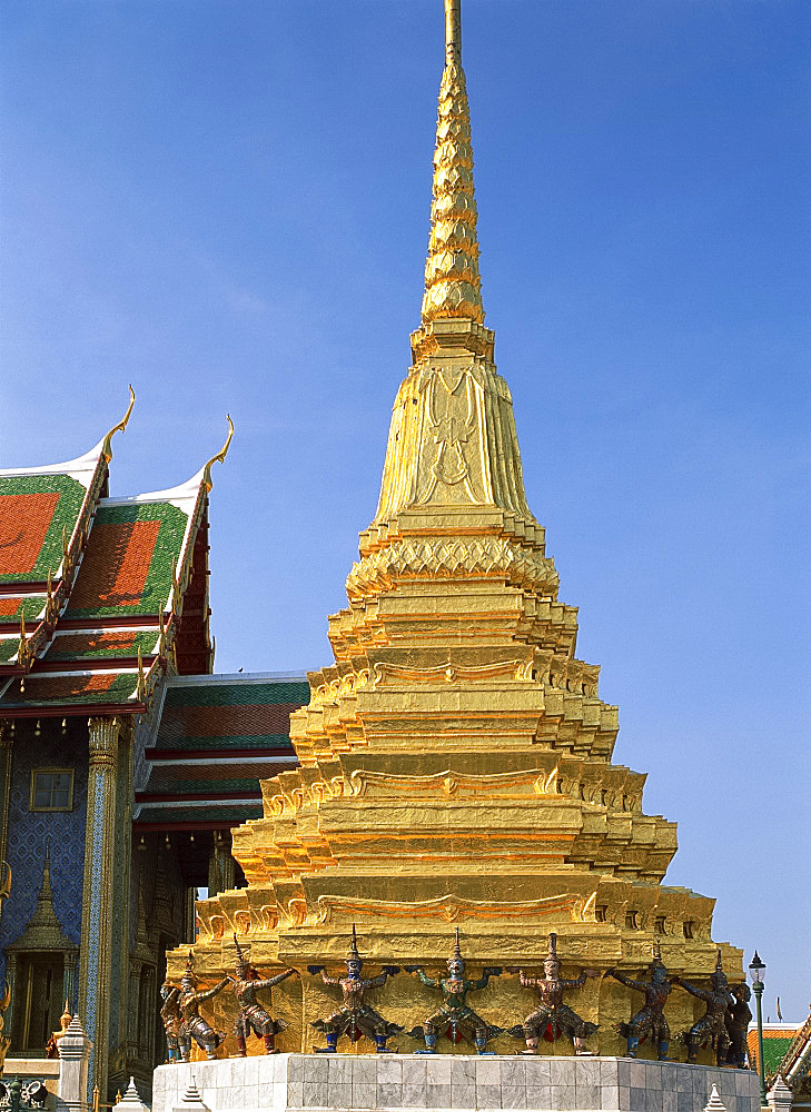 A gold covered chedi in the Grand Palace in Bangkok, Thailand, Southeast Asia, Asia