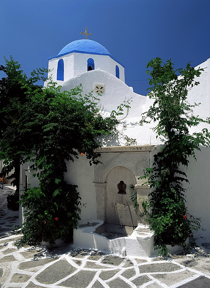 Paroikia church, Paros, Cyclades, Greek Islands, Greece, Europe