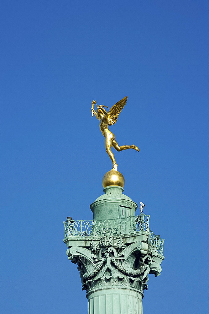 The Genius of Liberty statue on top of the Colon de Juillet in the Place de la Bastille, Paris, France, Europe
