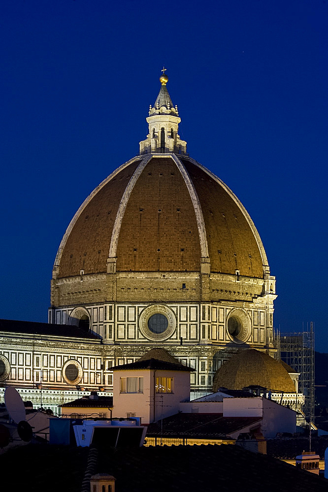 A view of the dome of the Duomo at dusk, Florence, UNESCO World Heritage Site, Tuscany, Italy, Europe