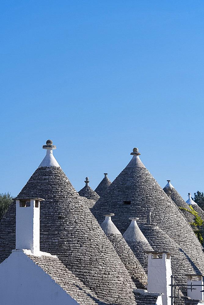 Conical dry stone roofs on traditioanl houses in Alberobello, UNESCO World Heritage Site, Bari Province, Puglia, Italy, Europe