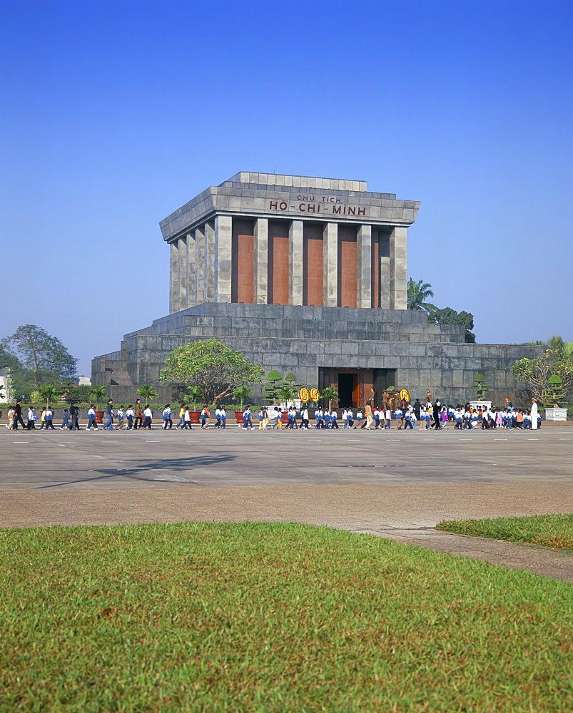 Ho Chi Minh's mausoleum, Hanoi, Vietnam, Indochina, Southeast Asia, Asia