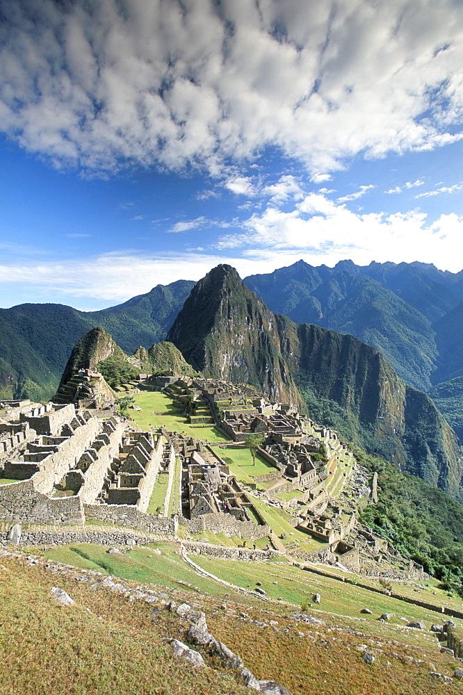 Inca ruins in morning light, Machu Picchu, UNESCO World Heritage Site, Urubamba province, Peru, South America