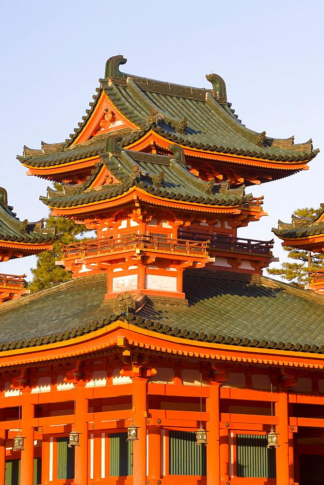 Impressive shrine complex built in 1895 to commemorate the 1100th anniversary of the founding of Kyoto, Heian-Jingu (Shrine), Kyoto City, Kansai Region, Honshu, Japan, Asia