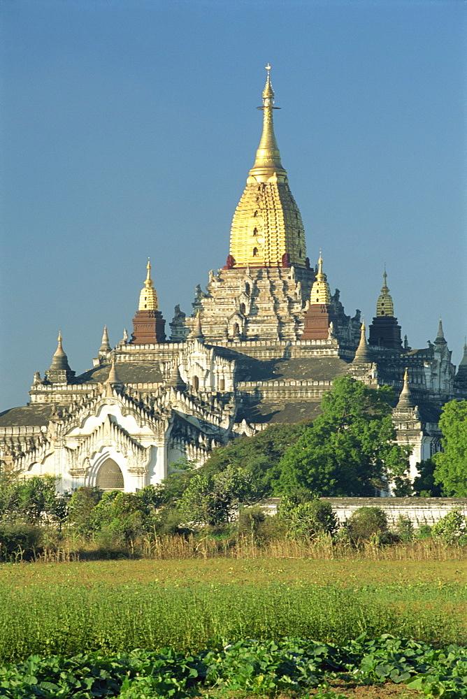 The temple of Ananda Pahto, Bagan (Pagan), Myanmar (Burma), Asia