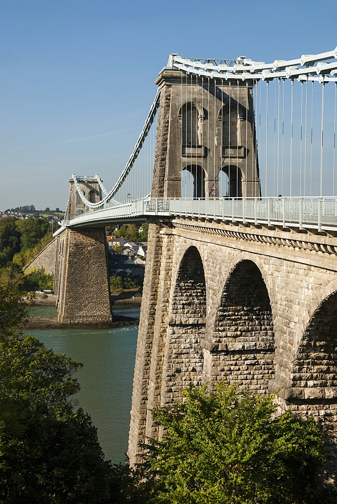 Menai Suspension Bridge, built by Telford 1826, linking Anglesey to Gwynedd mainland, North Wales, United Kingdom, Europe