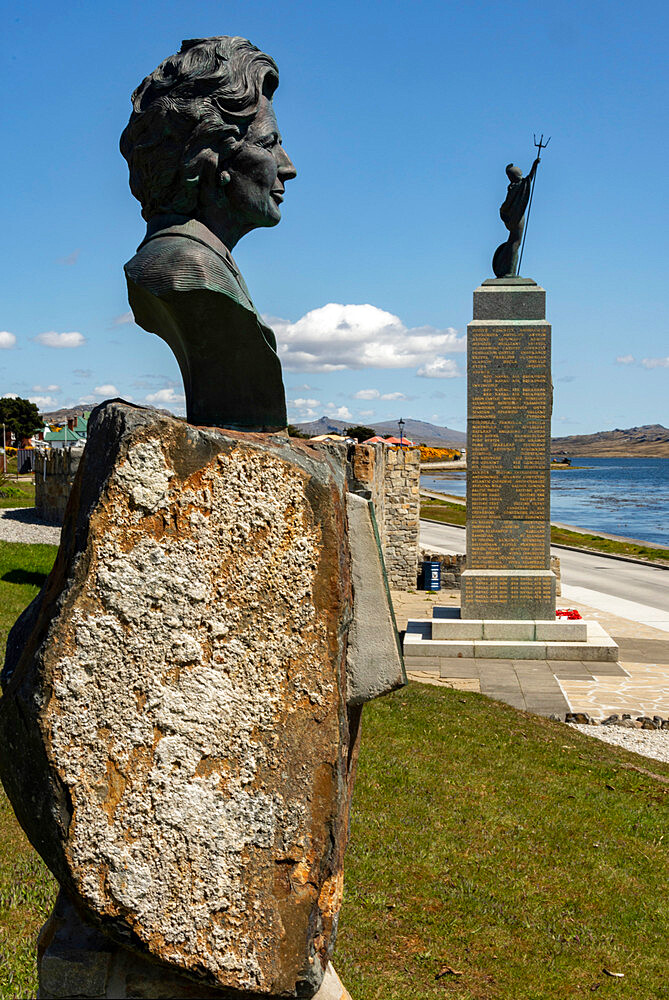 Bronze of Margaret Thatcher beside the 1982 Liberation Monument in Stanley, Falkland Islands, South America - 29-5572