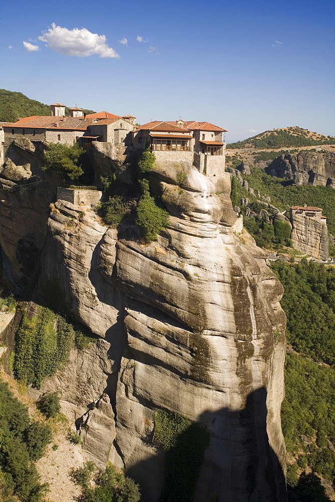 Varlaam and Roussanou monasteries, Meteora, UNESCO World Heritage Site, Thessaly, Greece, Europe