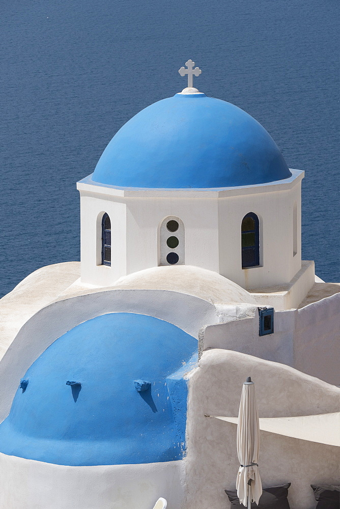 Church at Oia, Santorini, Cyclades, Greek Islands, Greece, Europe - 306-4364