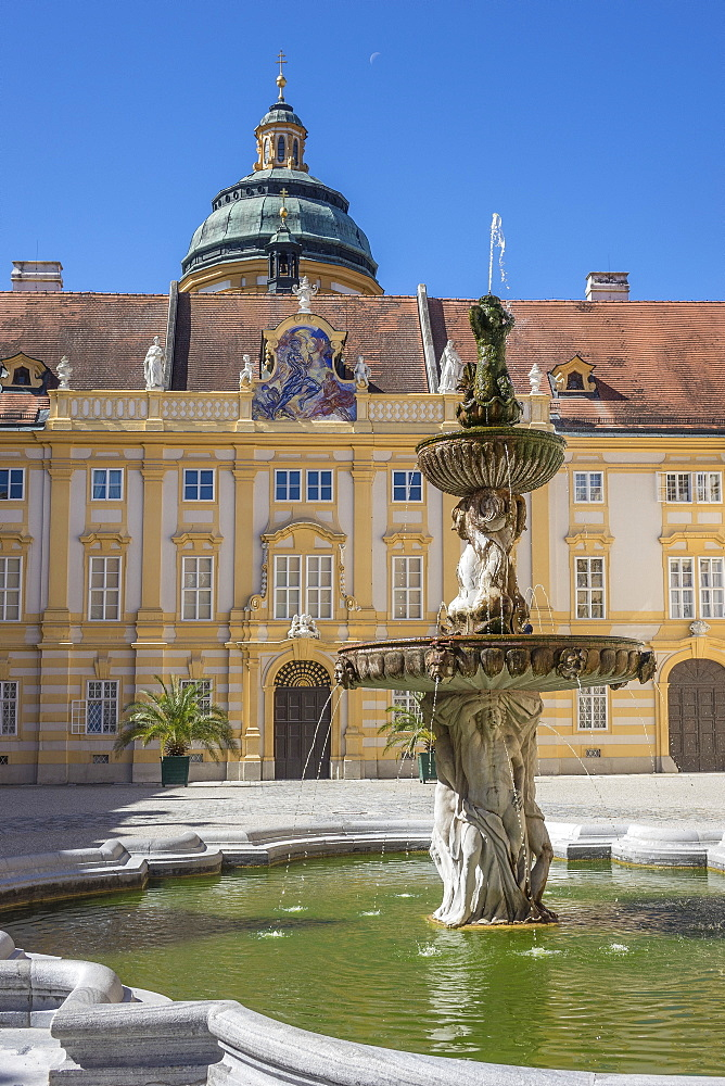 Fountain in courtyard of Abbey, Melk, UNESCO World Heritage Site, Lower Austria, Austria, Europe - 306-4451