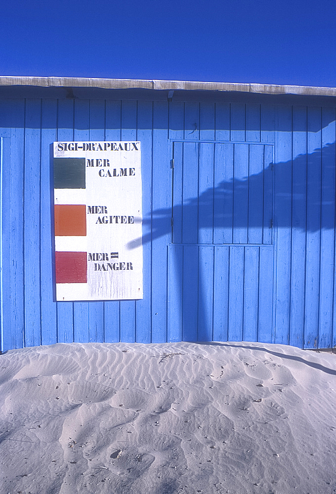Lifeguard hut, Djerba, Tunisia. *** Local Caption ***